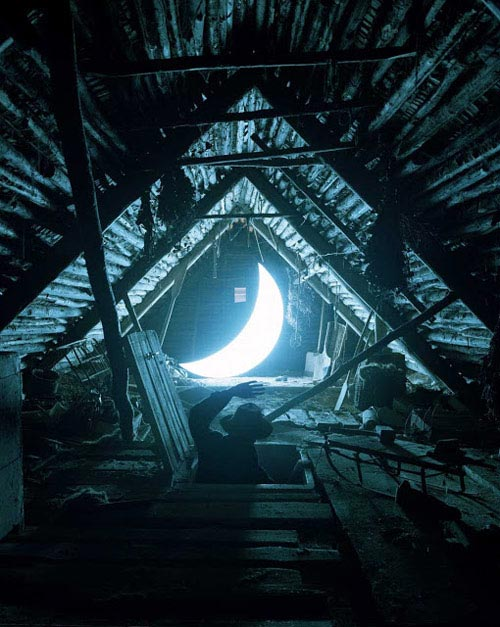Leonid-Tishkov-&-Boris-Bendikov.-Private-Moon.-Attic.jpg