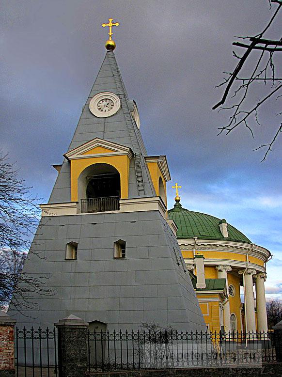 http://www.ilovepetersburg.ru/sites/default/files/arhitector_pamytnik/kultovye_soorujeniay/kulich_i_pasha_01.jpg
